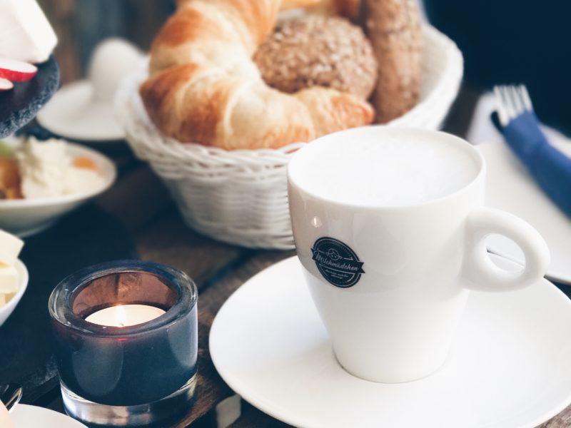 Frühstück im Café Milchmädchen