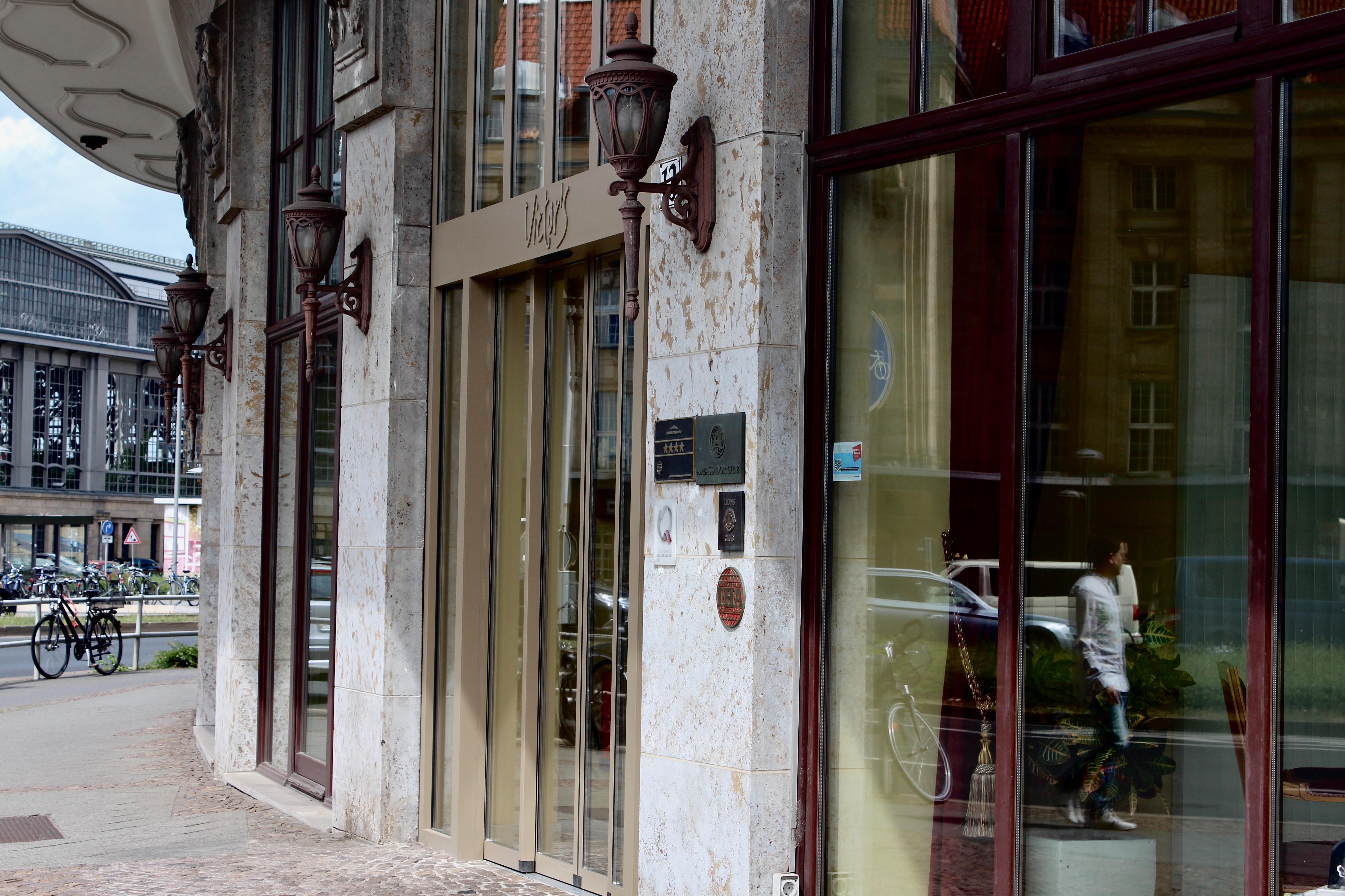 Entrance Victors Residenz-Hotel Leipzig