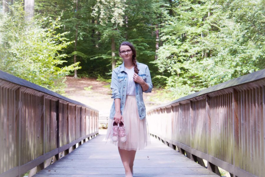 Girl wearing Na-kd Fashion
